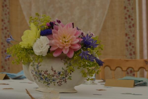 Rhiannon & James Wedding - Oh So Perfect (27)